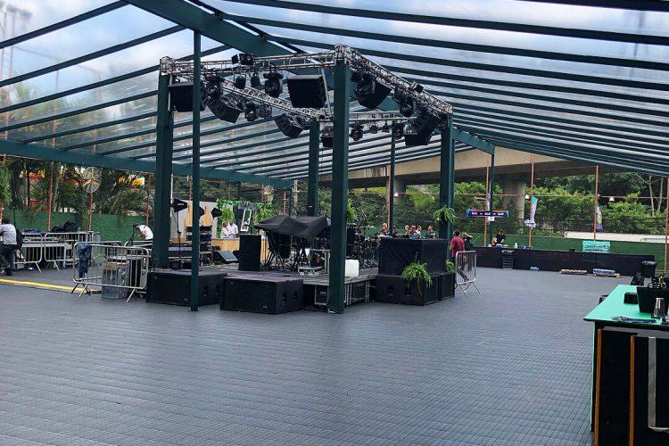 piso plástico para eventos